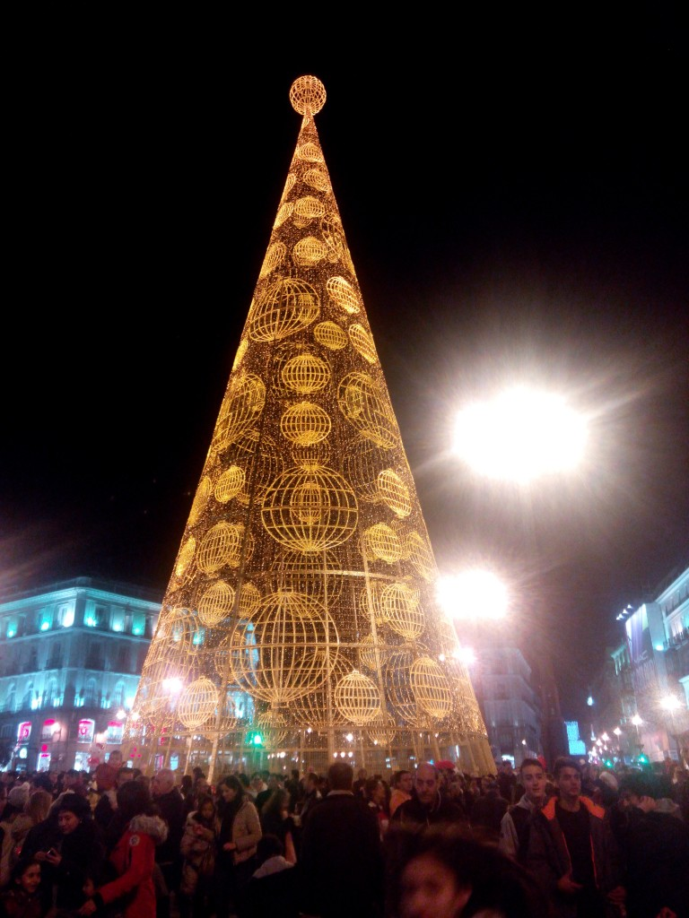 Magnificent Christmas Tree in the midst of Plaza Puerta del Sol