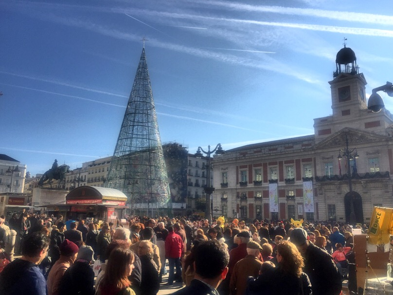 15 fun things to see and do in and near the vicinity of for Gran via puerta del sol madrid